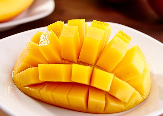芒果吃法_芒果的吃法禁忌