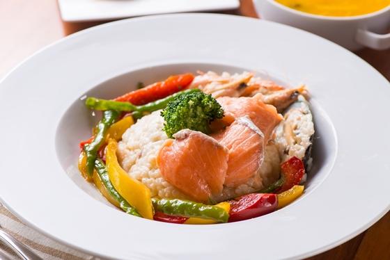 20160728-156瑞士鮭魚海鮮燉飯1.jpg