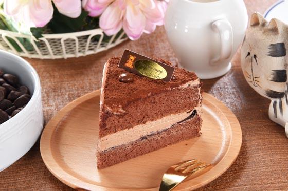 搭配精致可爱的大小,喜爱熊大的你绝对不能错过这款独特蛋糕.