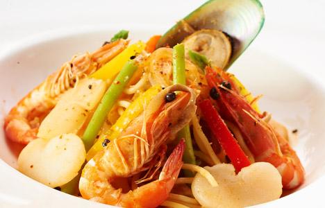 辣味干贝海鲜义大利面/蕈菇牛排义大利面/松子青酱海鲜焗烤饭(3选1)