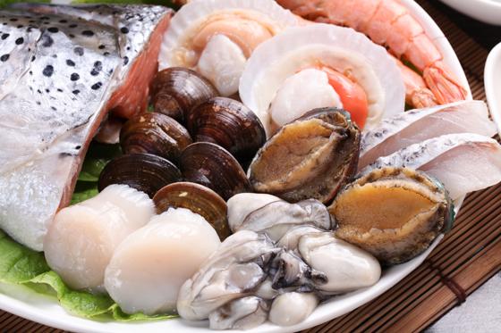 大螃蟹海鲜拼盘