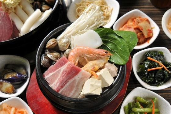 首爾韓國館/部隊鍋/石鍋拌飯/泡菜鍋/豆腐鍋/韓國炸雞/鐵盤烤肉/首爾
