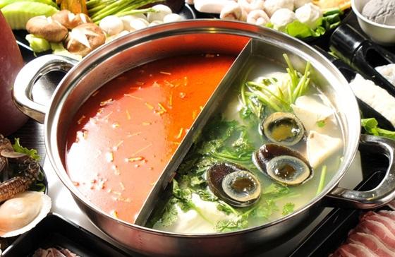 馥臨/港式/火鍋/花雕雞/香菜皮蛋鍋/火鍋/吃到飽
