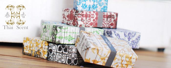 泰香 ThaiScent-天然手工皂任選五入組+木製皂盤 泰國沐浴保養聖品,天然山羊奶手工皂,透過純淨精油與香氛的共同語言,綻放不凡生活美學