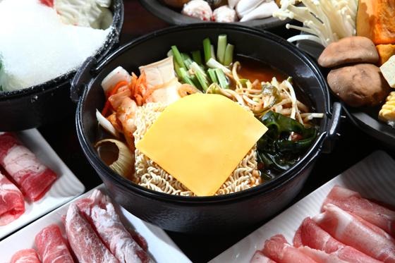 樸九鼎/棉花糖/壽喜燒/吃到飽/火鍋/林百貨