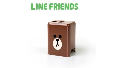 【授權商品特價二入組】LINE FRIENDS 2.4A隱藏式雙孔USB充電器-熊大_LN-AC240