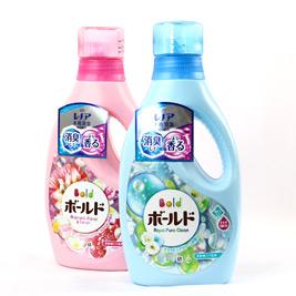 【日本 BOLD】清香柔軟洗衣精 白金花香850g(藍)/香氛柔軟85